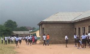 """Se presenta un informe que describe parte del trabajo desarrollado en un proyecto Harambee de 2012 para la """"Mejora de la Enseñanza Pública en Nigeria"""""""