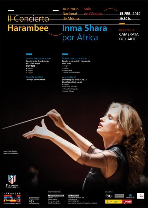 Inma Shara, por África, dirigiendo la Camerata Pro Arte en Madrid