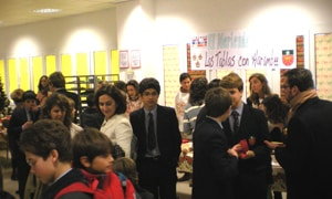 El pasado 21 de diciembre tuvo lugar con gran éxito la segunda Chocolatada solidaria Harambee, en el Colegio Las Tablas de Madrid