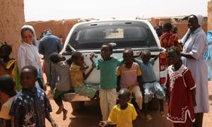 África está llena de tumbas de misioneros, no de miembros de la ONU