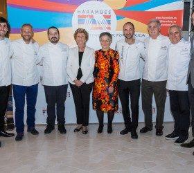 SAR Teresa de Borbón dos Sicilias con Chef participantes y miembros de la ONG Harambee