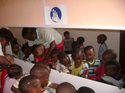 Camerún – Complejo escolar TIAMA