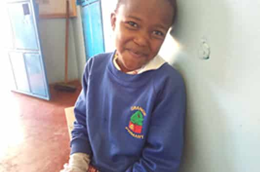 Hannah, de 8 años, beneficiaria del proyecto CHEP (Child's Health Program)