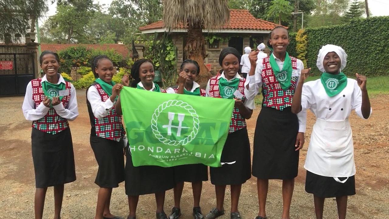 Hondarribia Arraun Elkartea se suma a la iniciativa Afrika Elkarrekin bai