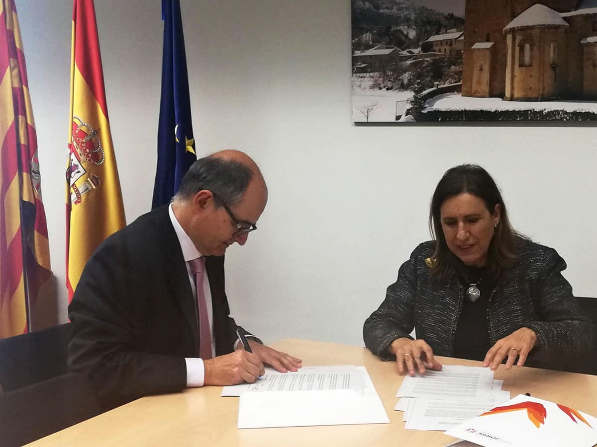 Convenio entre Harambee y la Universidad San Jorge de Zaragoza