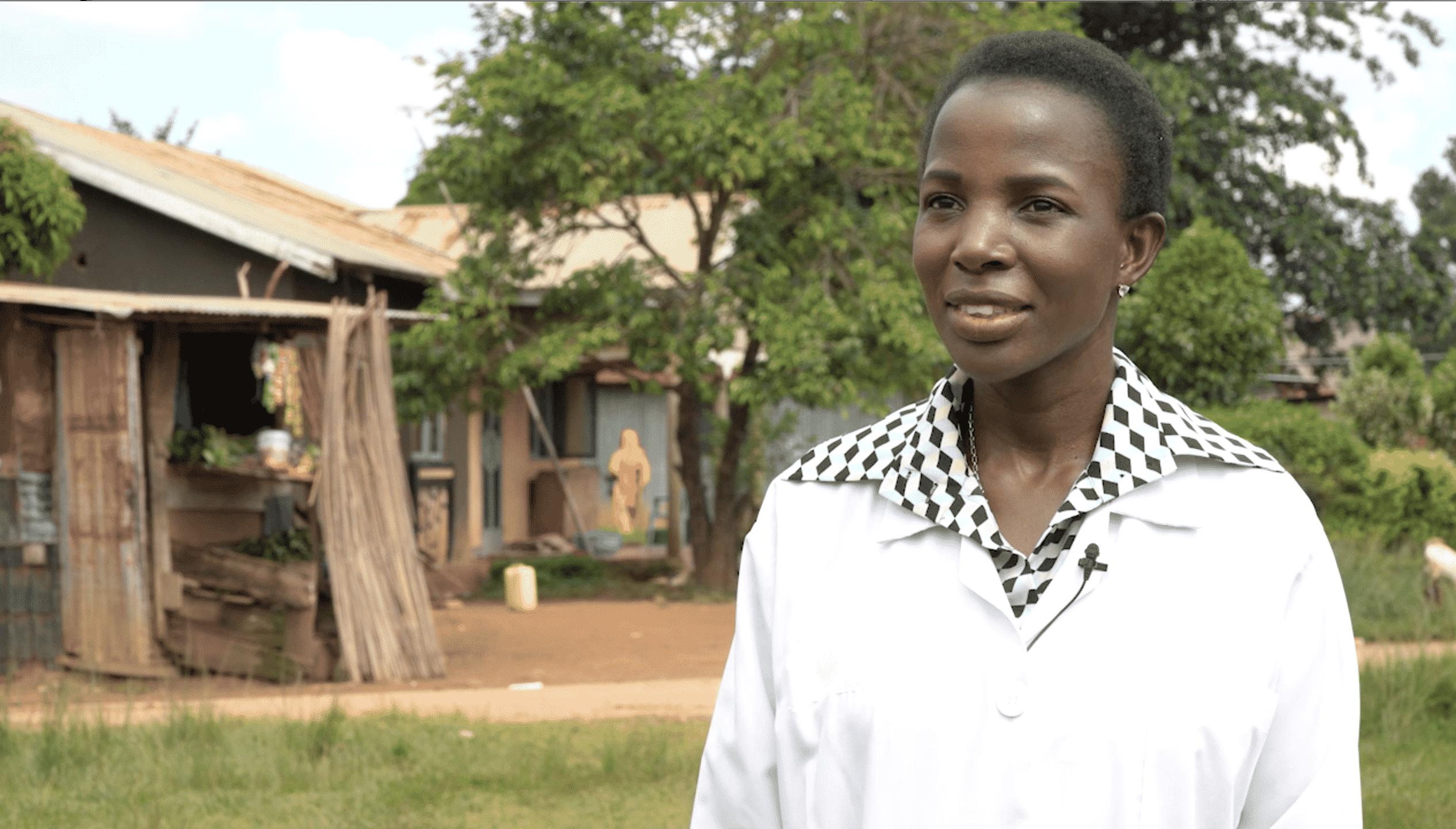 La doctora ugandesa Irene Kyamummi, obtiene el Premio Harambee 2020 por su proyecto CHEP