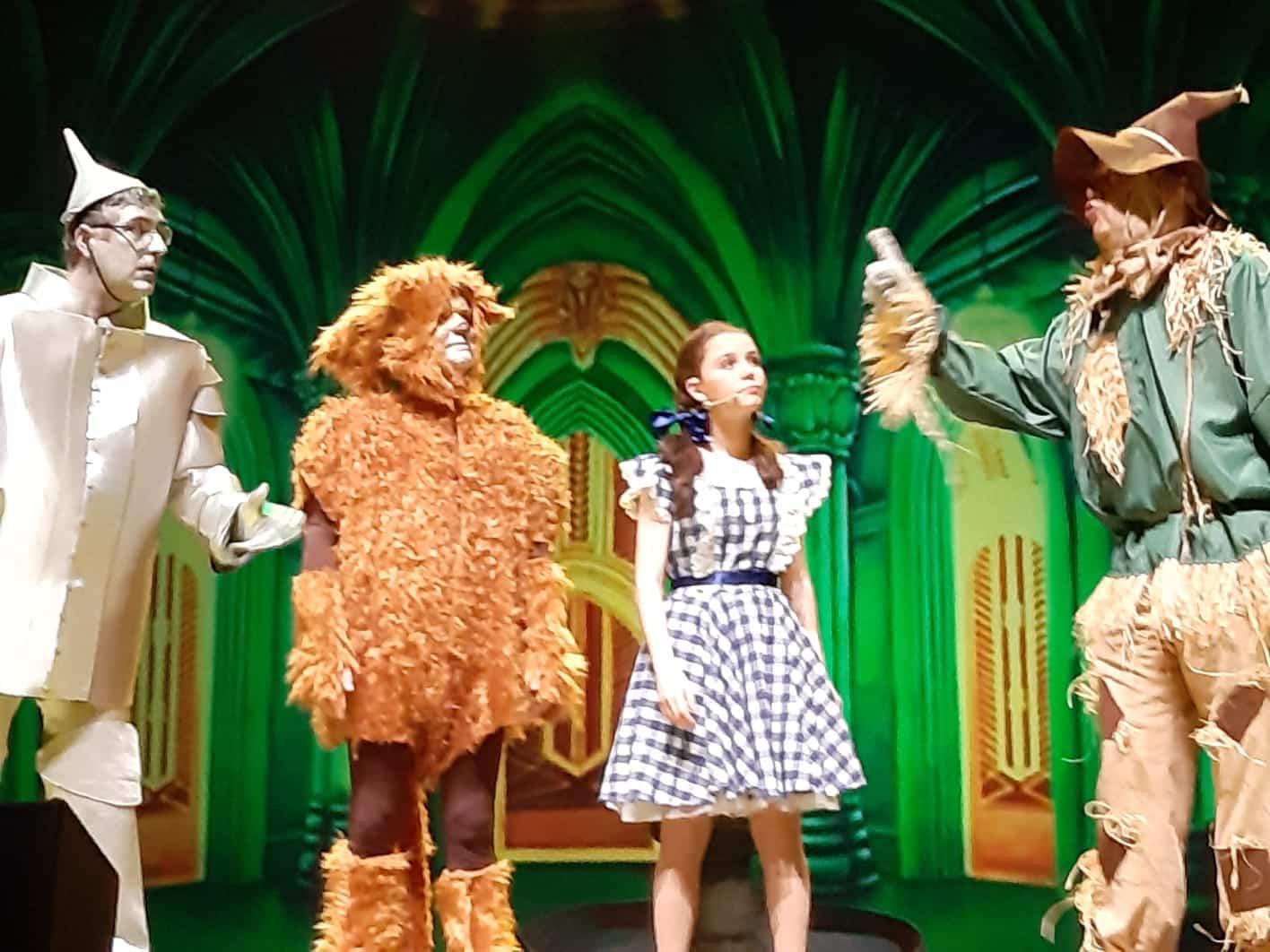 """""""El mago de Oz"""" invade Vigo, con fines solidarios"""